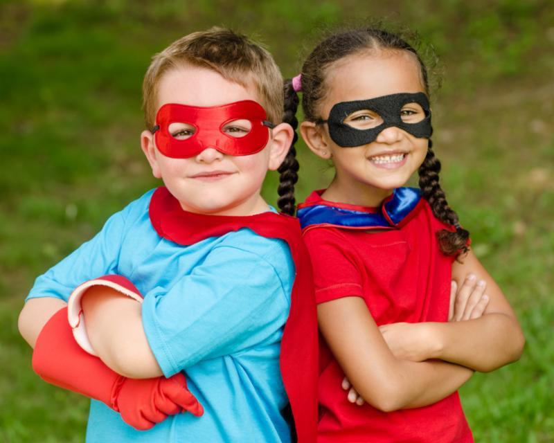two_kids_superheros.jpg