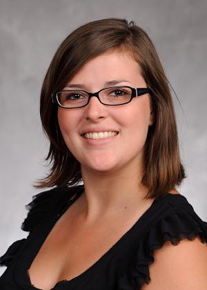 Lauren Devine headshot