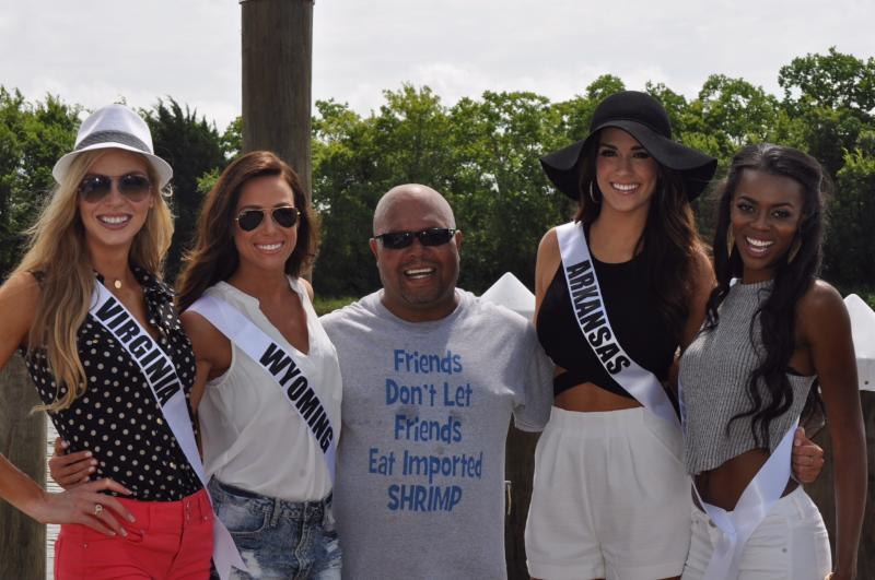 Miss USA contestants in Delcambre