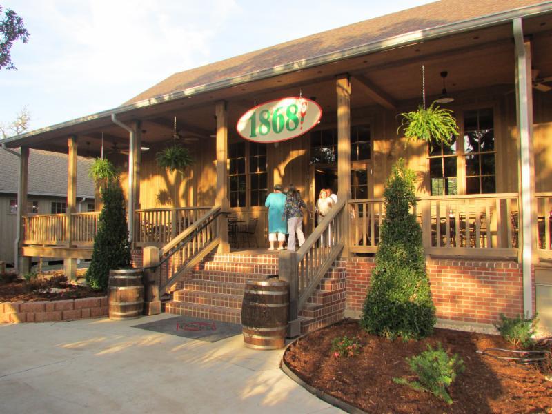 Avery Island Restaurant  Menu