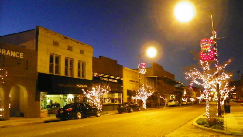 New Iberia Main Street decorated for holidays, magic on main