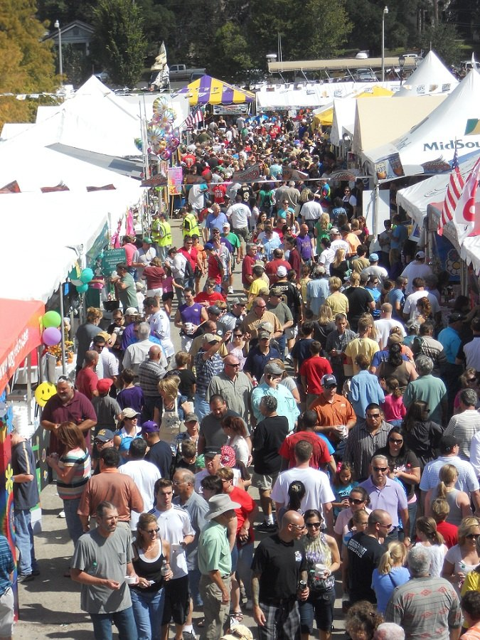 Crowd at world Championship Gumbo Cookoff