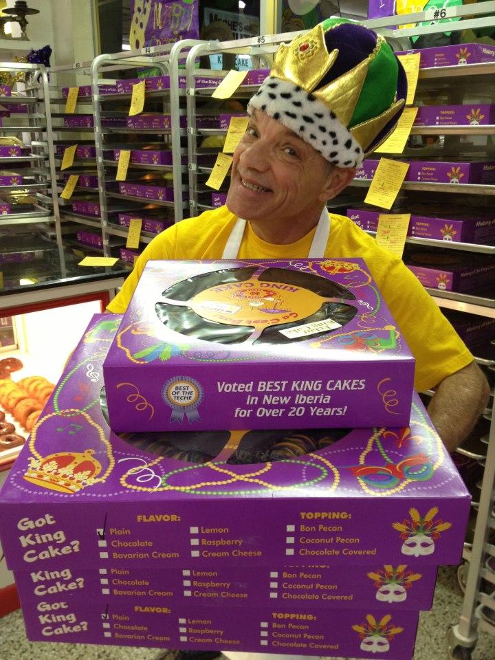 Meche Donut's King Cake