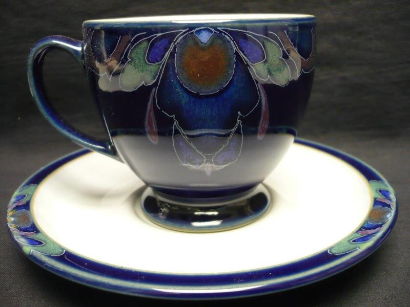 Baroque teacup
