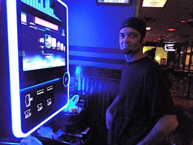 marshall at WON with jukebox