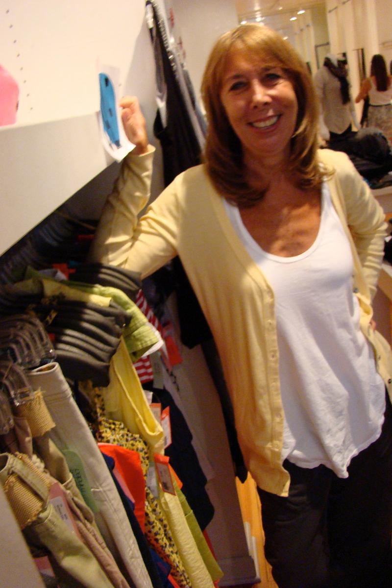 Sandy of clothesminded