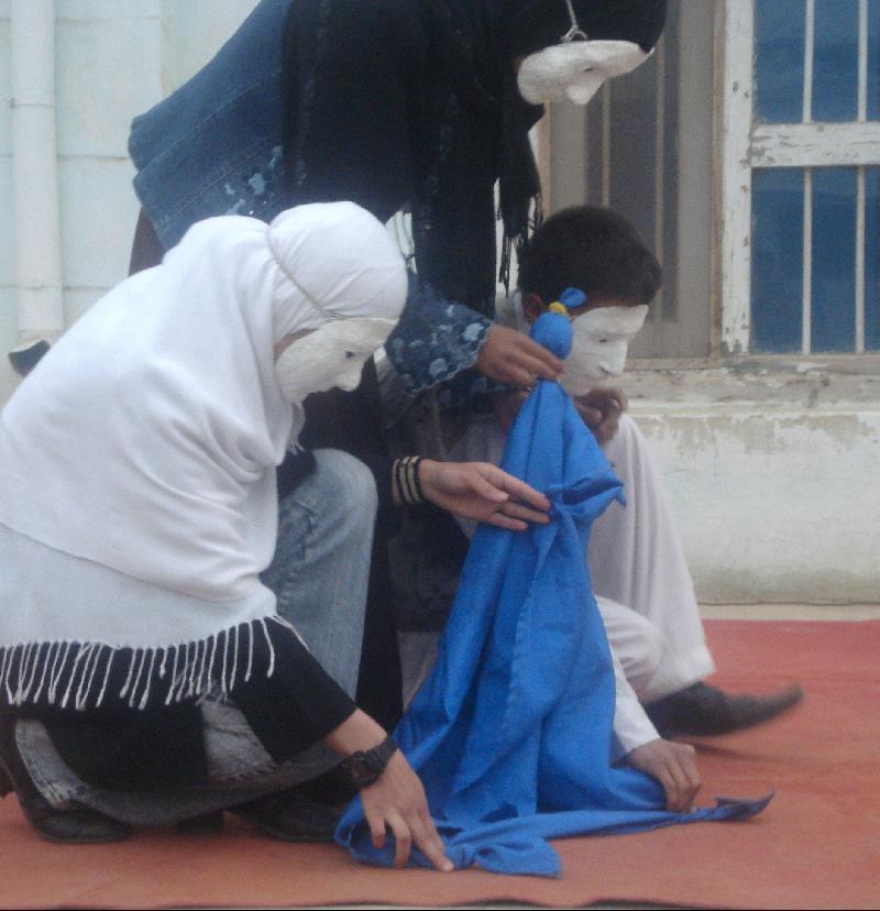 Puppetry performance in Kunduz