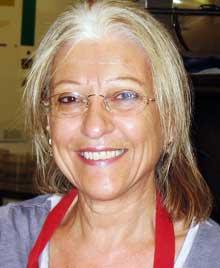 Daphne Carvela