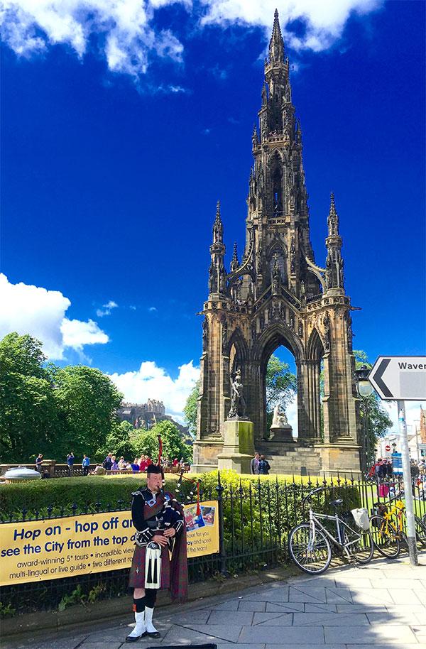 Sir Walter Scott Monument in Edinburgh 07012016