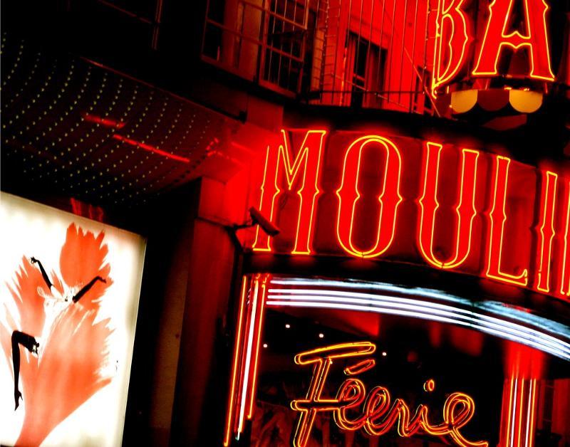 Julie Marateck Moulin Rouge