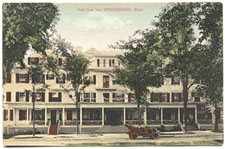 Vintage postcard of The Red Lion Inn