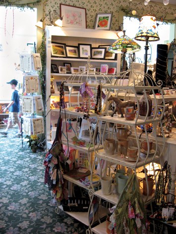 The Red Lion Inn Gift Shop