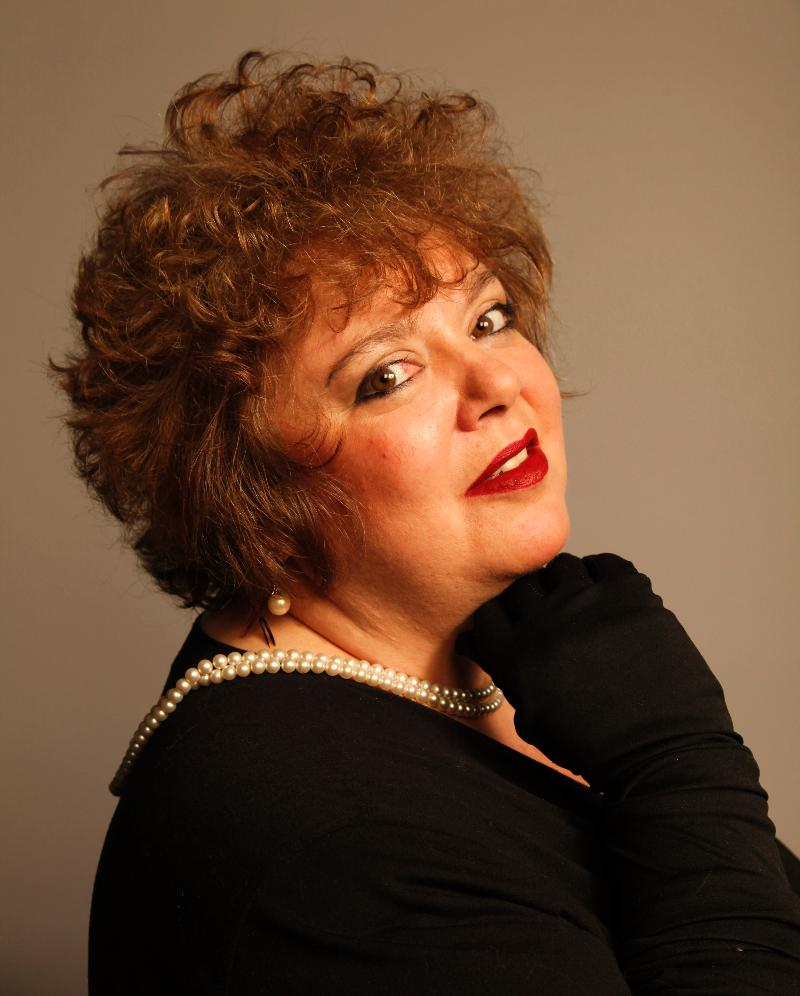 Bonnie MacLeod