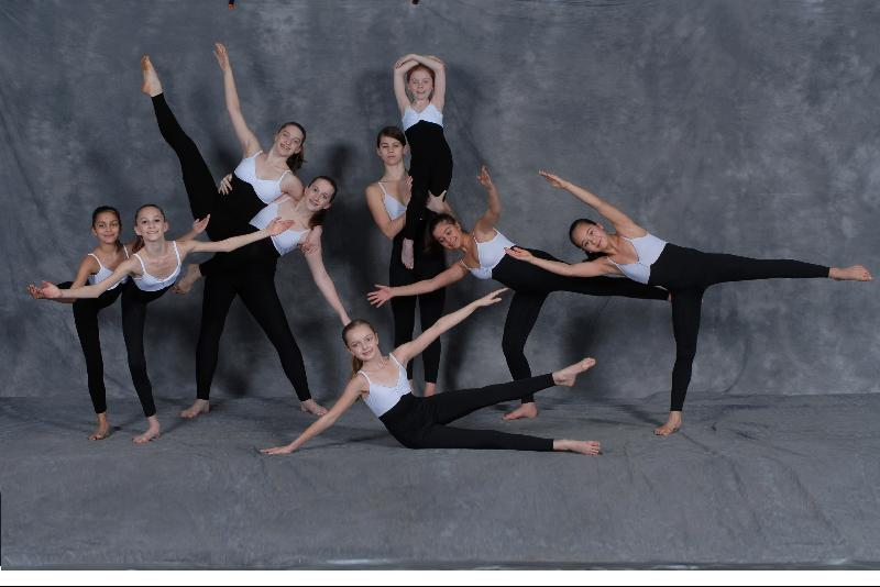 2008 Academy students in modern