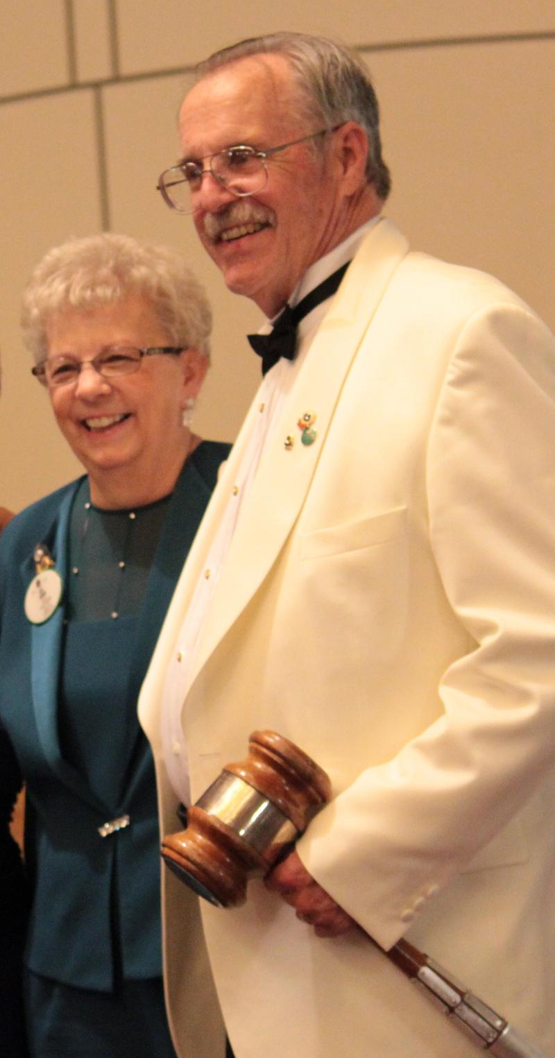 Gov. Bob and First Lady Lois