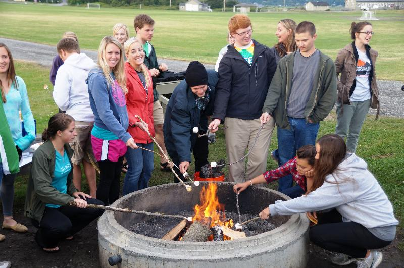 2012 students campfire