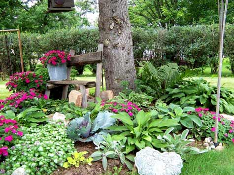 The Garden Walk Features 6 Of The Finest Gardens In Grand Island And  Benefits The YWCAu0027s Many Programs.