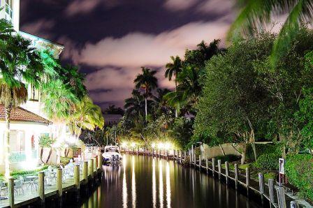Las Olas River evening