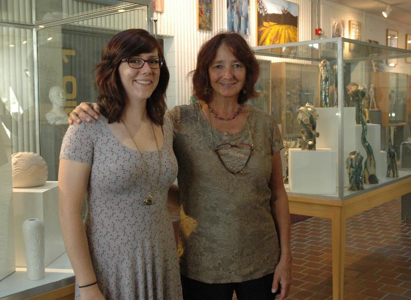 Art alumnae exhibit