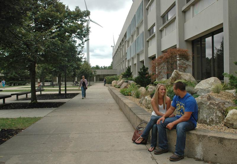 New students in MWCC's courtyard