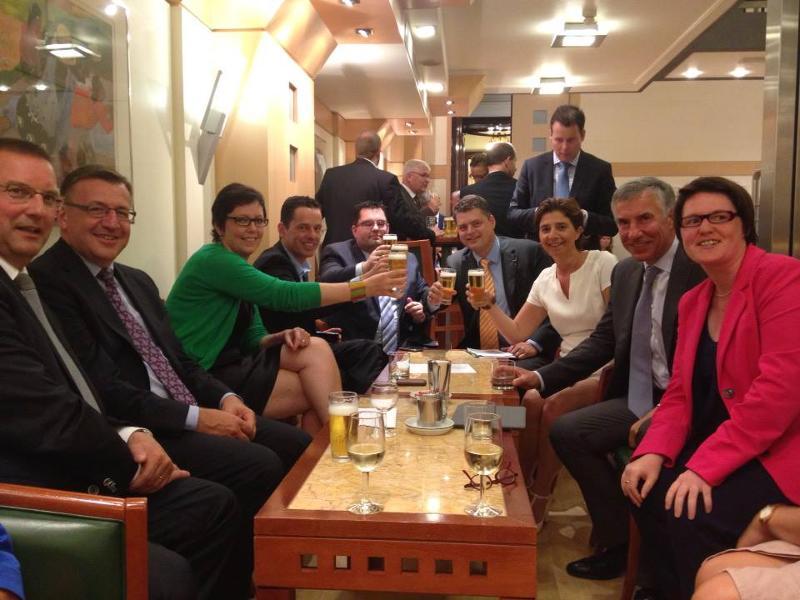 parlementair café