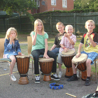 Drumming youngsters img