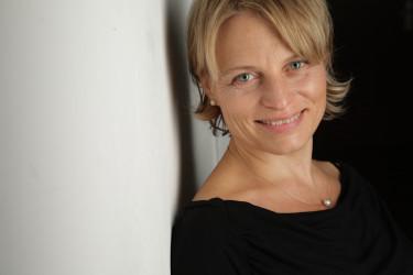 Claudia Volk