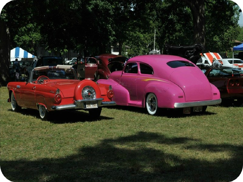 Arts in the Park Car Show
