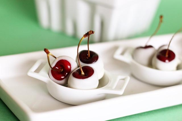 Amaretto Soaked Cherries
