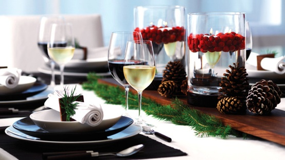 Natural Holiday Tablesetting