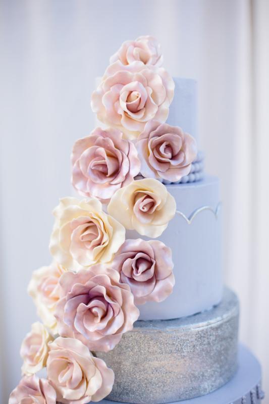 Rose & Serenity cake