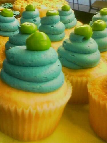 Mulberries Cupcakes
