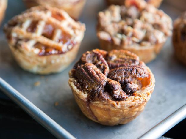 mini fall pies