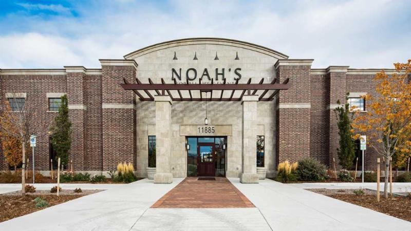 Noahs Outside