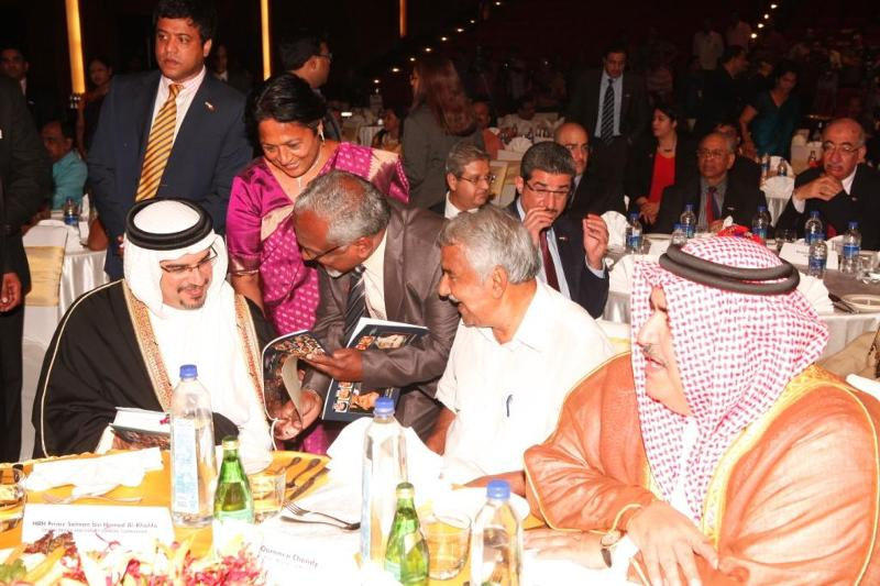 Baharain Crown Prince inKochi with Kulathakal and Kerala CM Chandy