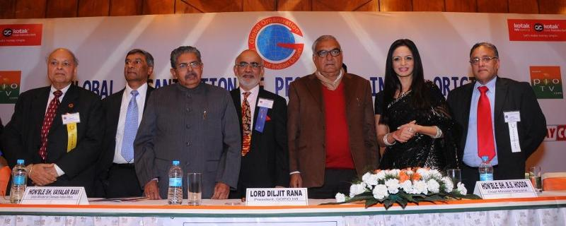GOPIO Officials at Delhi Conf. Awards Banquet with Dignitaries