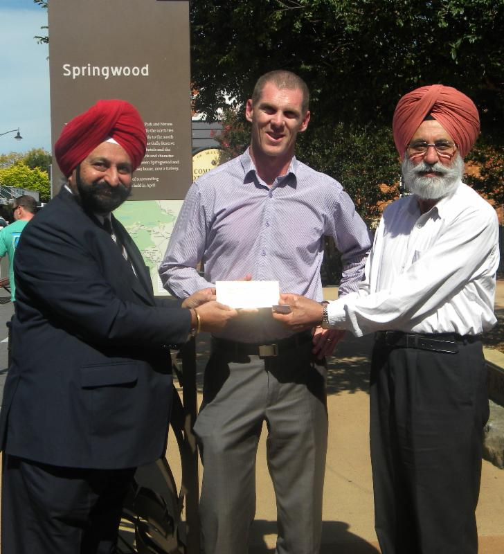 GOPIO Sydney NW officials present check to Blue Mountain City Deputy Mayor