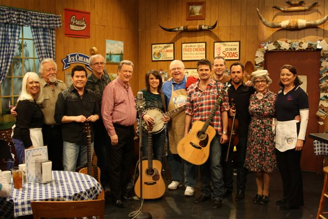 Grascals perform on Larry's Cty Diner ( credit J. Westby)
