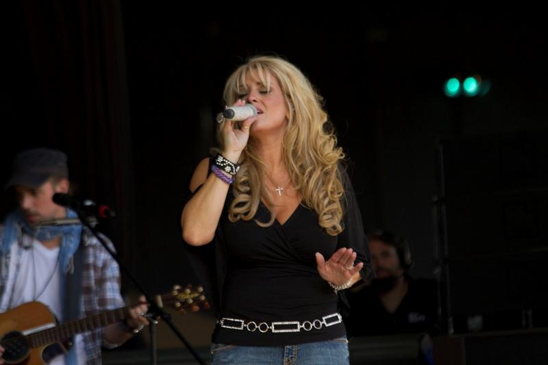 Lisa Matassa Performance Shot