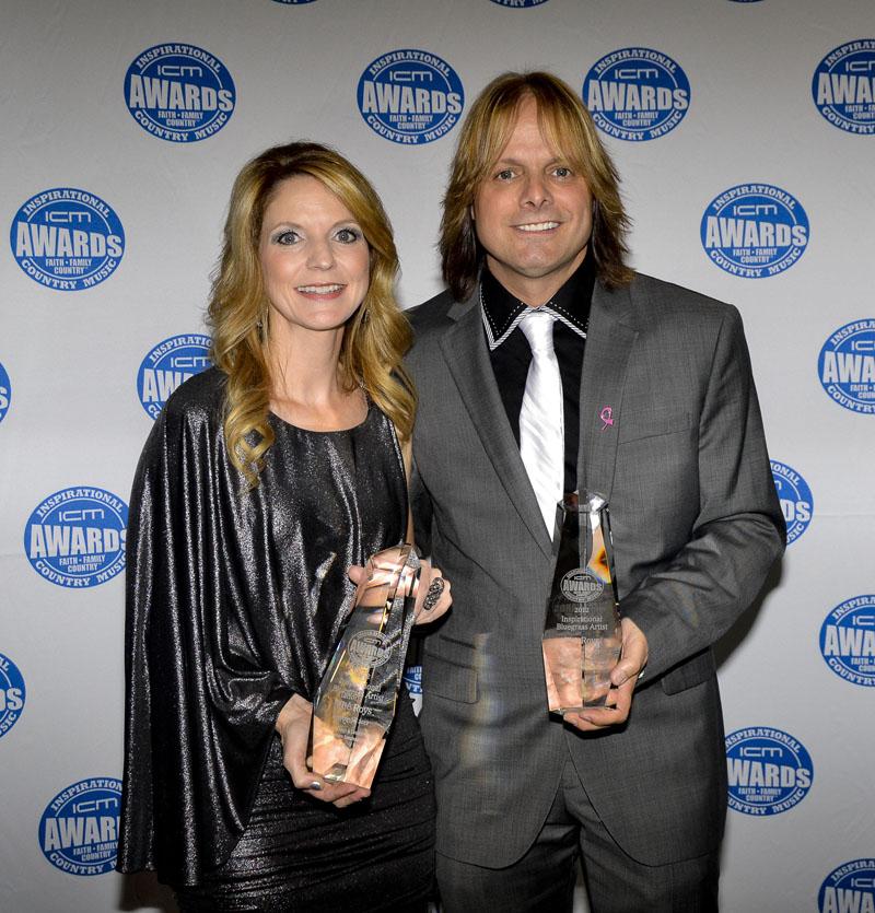 Elaine + Lee Roy backstage at ICM Awards  |  Photo Credit : Wyneka Thomas