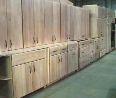 pic of maple cabinet set