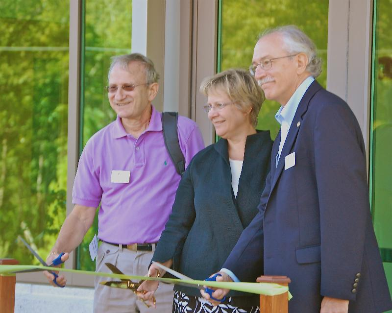 Jackson Labs Ribbon Cutting