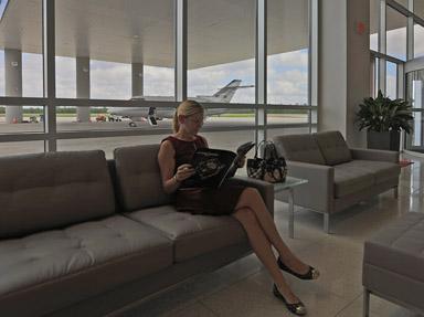 LoneStarExecAirport