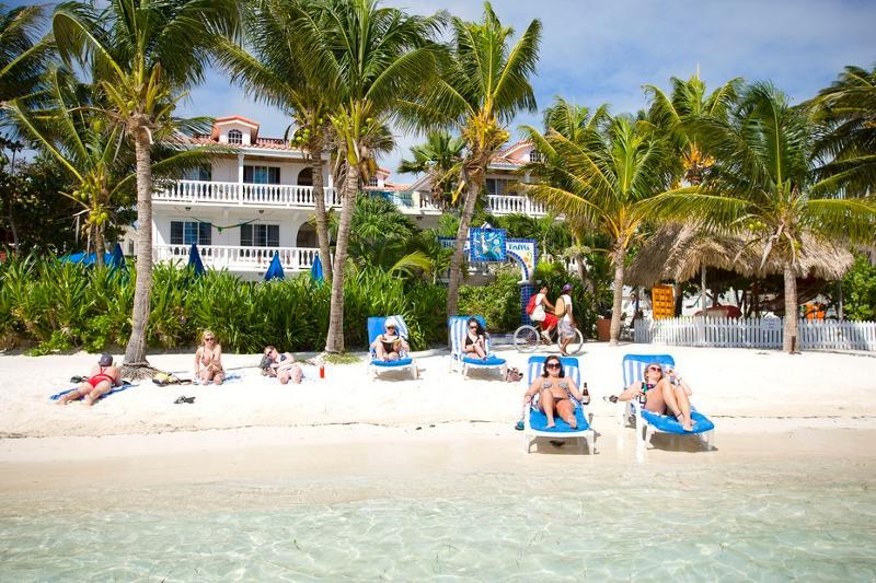 Front of Blue Tang Inn-Beach