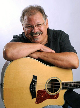 photo of musician Denny Breau