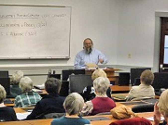 Photo of Sol Goldman teaching a class on the US Supreme Court at Penobscot Valley Senior College