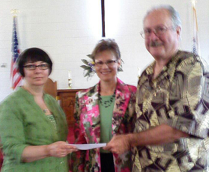 Henley presents check to Dearings 5-1-12