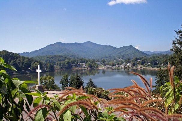lake junaluska latino personals View the lake junaluska, nc population and other interesting demographics including: median age, male to female ratio, marital status, source of income, languages spoken and race breakdown.