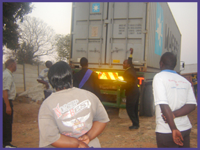 truck arrives zimbabwe 10-19-10