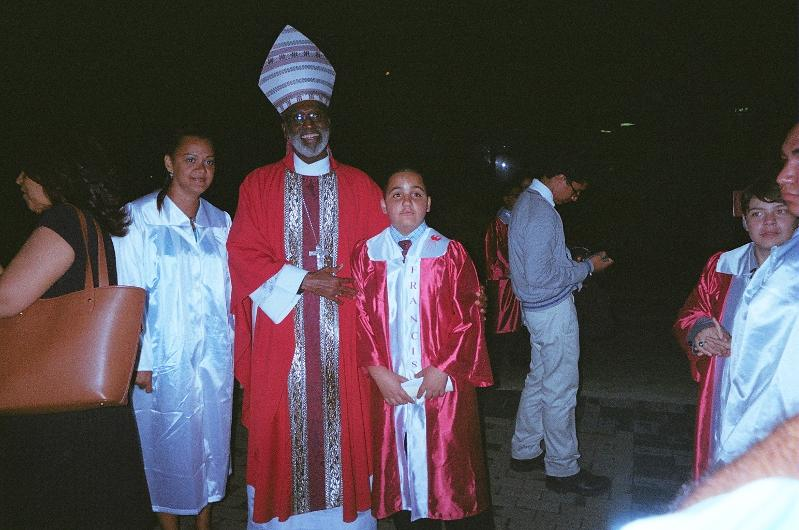 Confirmation Archbishop w Student